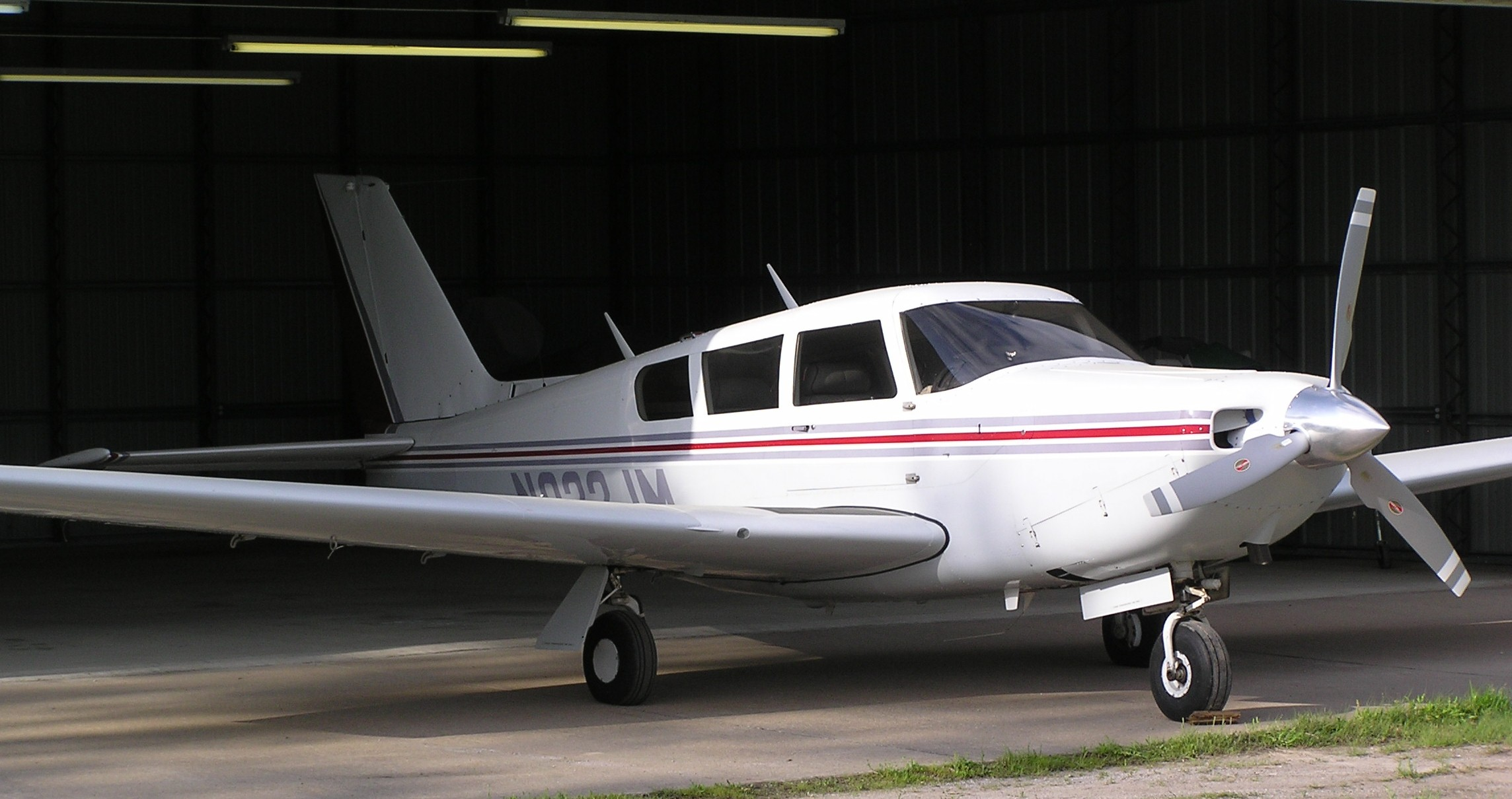 Larson Aircraft Sales: 1972 Piper Comanche 260C - For Sale